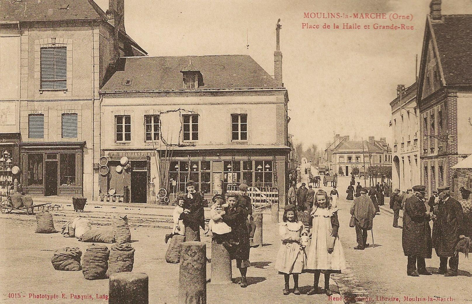 Place de la Halle et Grande Rue Pasquis